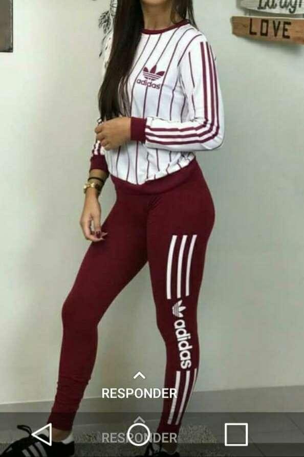 Imagen Chándal Adidas