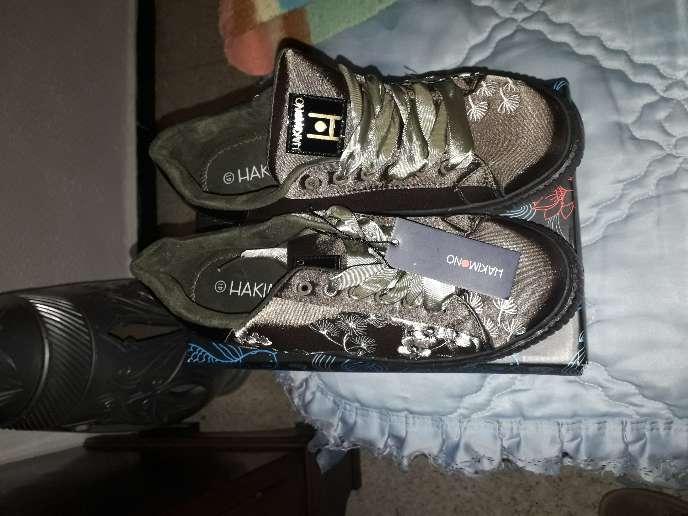 Imagen zapatos deportibos