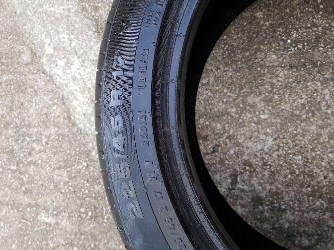 Imagen producto Se vende,rueda de coche las medidas están en las fotos. 5