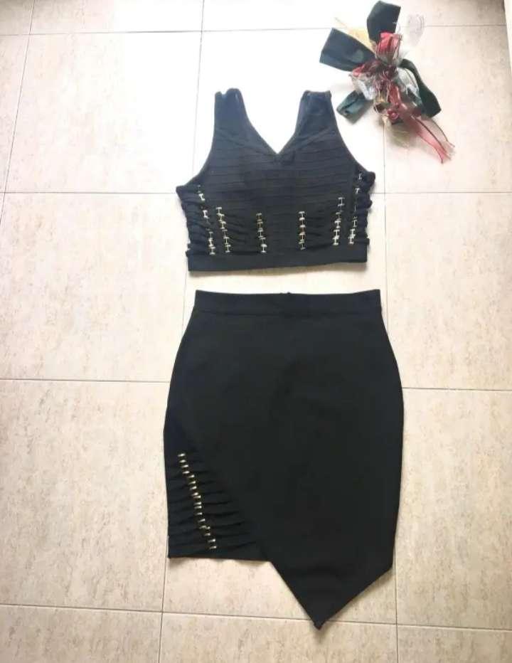 Imagen conjunto de falda+ blusa