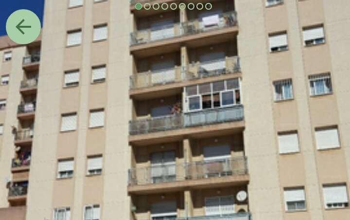 Imagen Piso en venta en Algeciras. Saladillo.