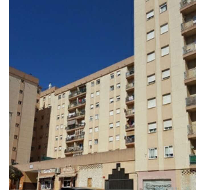 Imagen producto Piso en venta en Algeciras. Saladillo.  7