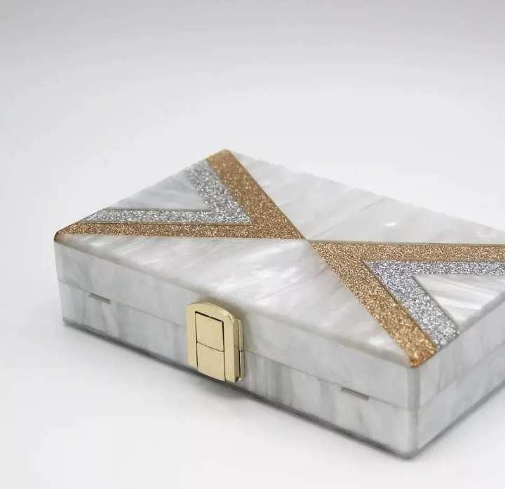 Imagen producto Bolso clutch  4
