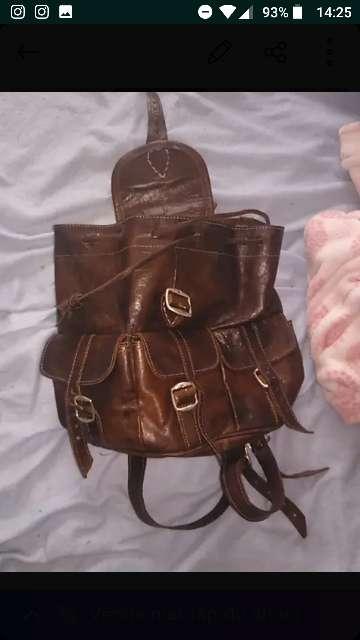 Imagen maleta de cuero