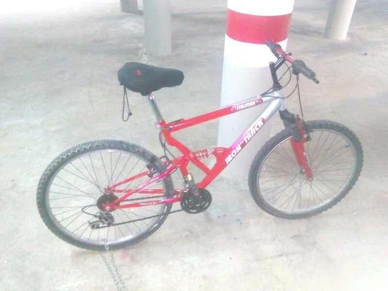 Imagen bicicleta montaña