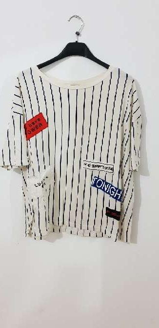 Imagen camiseta oversize pull and bear