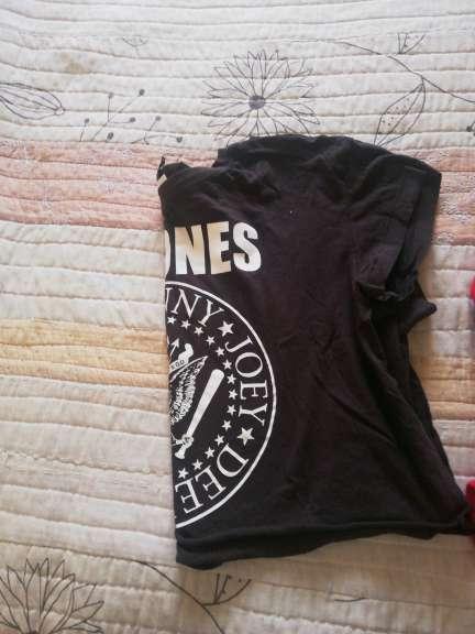 Imagen producto Camiseta los Ramones mujer 3