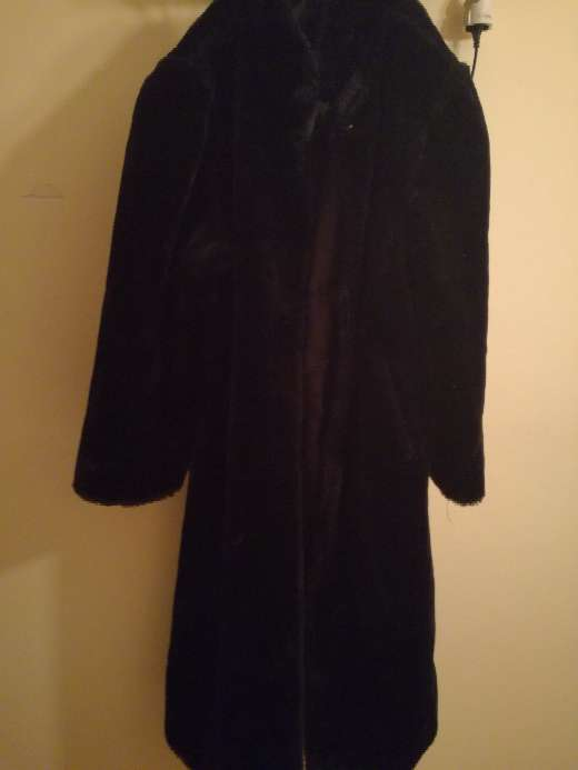 Imagen producto Abrigo de piel negro mouton 3