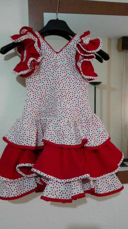 Imagen vestido niña flamenca