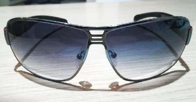 Imagen Gafas de sol Prada originales.