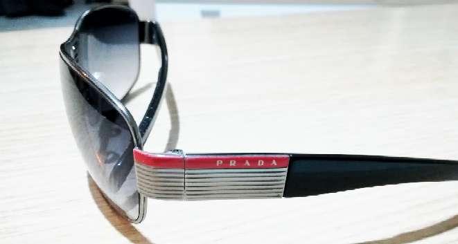 Imagen producto Gafas de sol Prada originales.  3