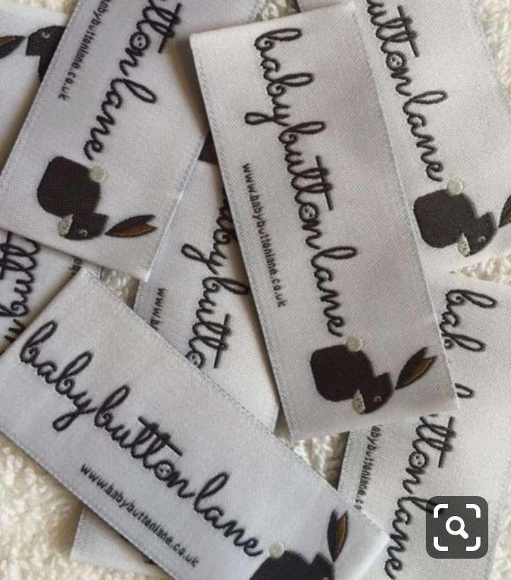 Imagen producto Etiquetas bordadas y estampadas  para ropa 2