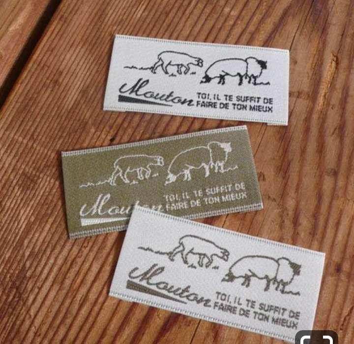 Imagen producto Etiquetas bordadas y estampadas  para ropa 5
