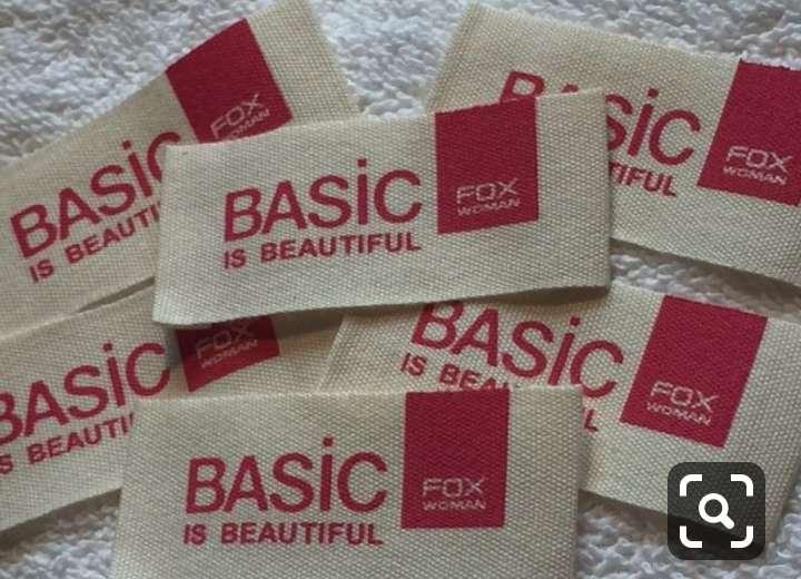 Imagen producto Etiquetas bordadas y estampadas  para ropa 8