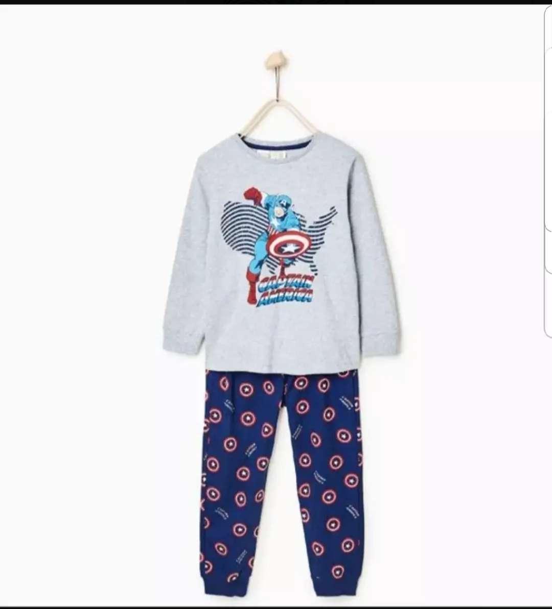 Imagen pijama capitan América 3/4 años