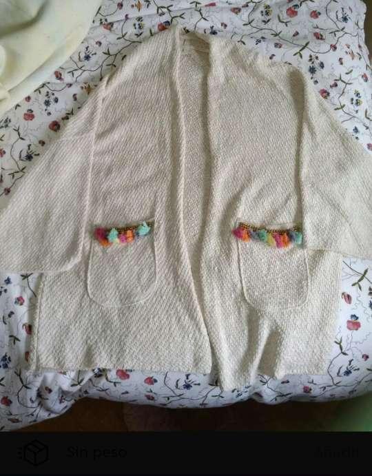 Imagen chaqueta blanca