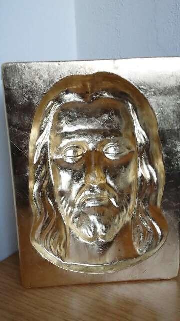 Imagen figura en pan de oro