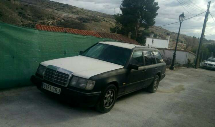 Imagen Mercedes w124 ranchera