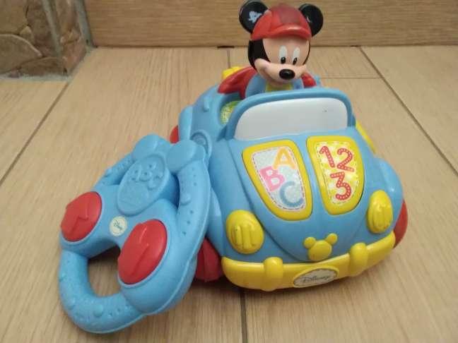 Imagen Coche de Mickey Mouse. Teledirigido. Fácil funcionamiento