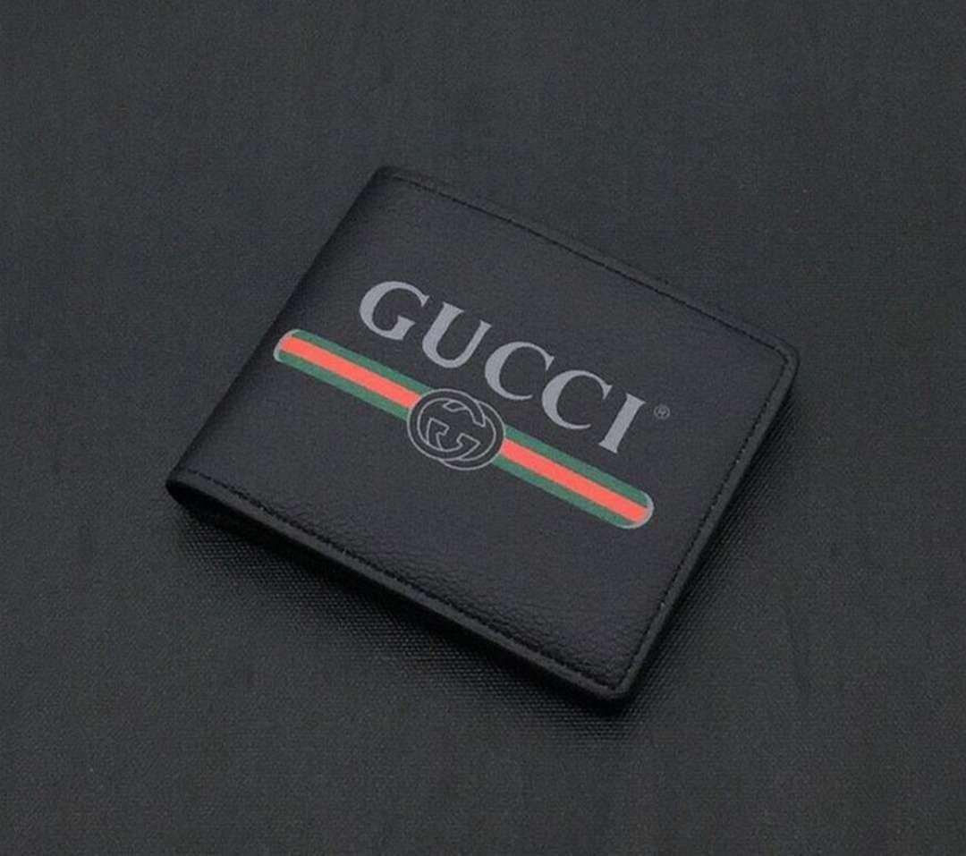 Imagen Conjunto cartera negra y reloj