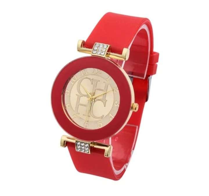 Imagen producto Reloj chica estilo CH varios colores 6