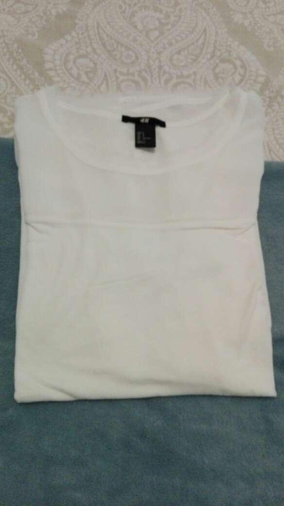 Imagen producto Camiseta HyM blanca 4