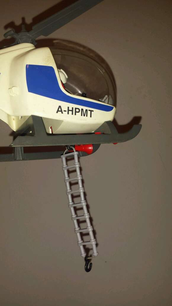 Imagen producto Helicóptero Police playmobil  10