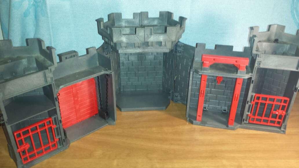Imagen producto Castillo medieval playmobil completo  5