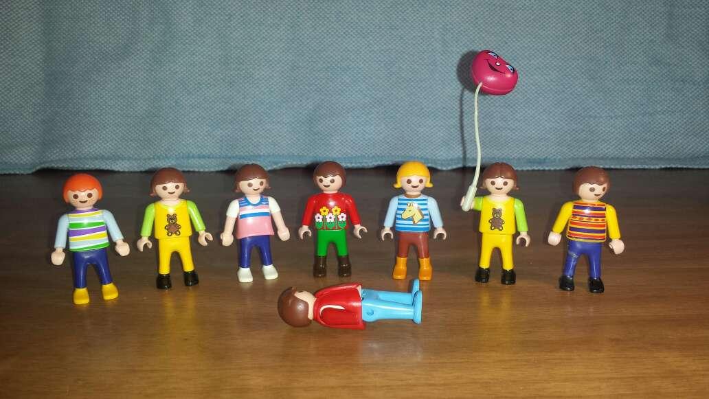 Imagen producto 7 muñecos playmobil niños  2