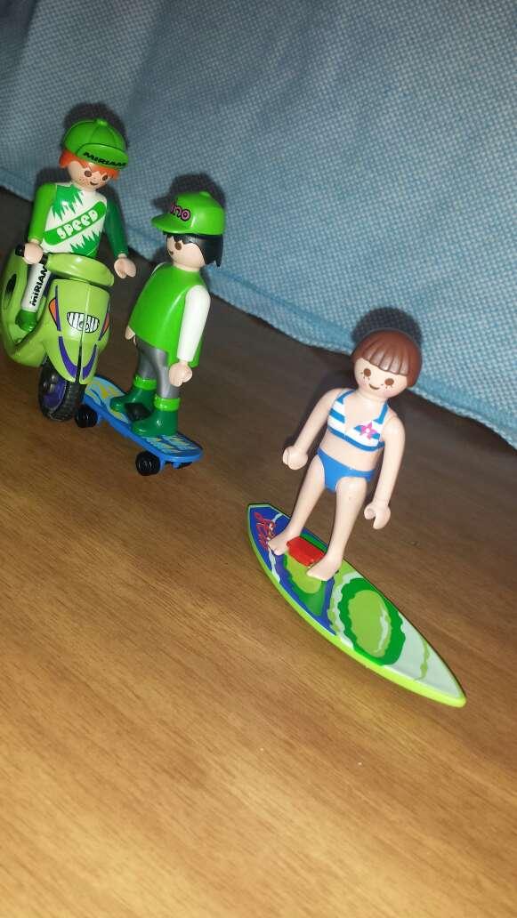 Imagen producto Motorista , skater y surfera playmobil  2