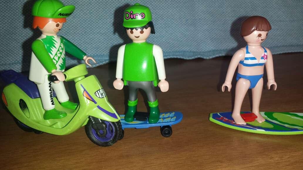 Imagen producto Motorista , skater y surfera playmobil  3