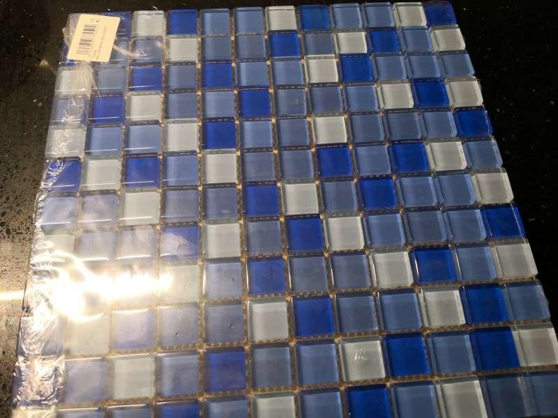 Imagen Malla murano..en azul y blanco.excedente de obra.Precio saldo.En su embalaje original.Valen a 9.9euros...las vendo a 5 euros.x