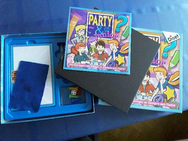 Imagen producto Juego de mesa PARTY & CO junior 3