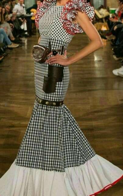 Imagen producto Vestido/ Faldas rocieras 7