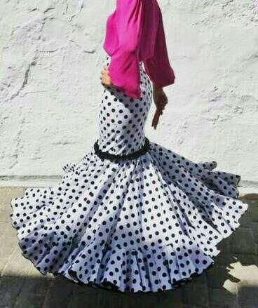Imagen producto Vestido/ Faldas rocieras 5