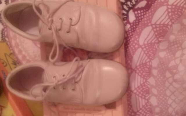 Imagen producto Zapatos de niño. nuevos 4