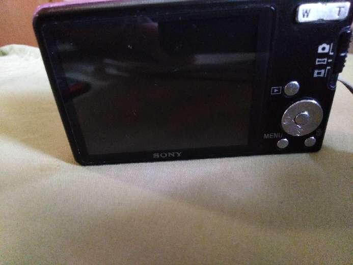 Imagen producto Se vende camara de fotos y video SONY!!  4