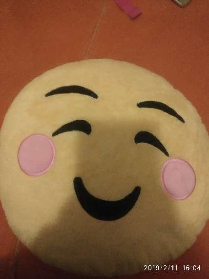 Imagen producto Peluches emoji 1