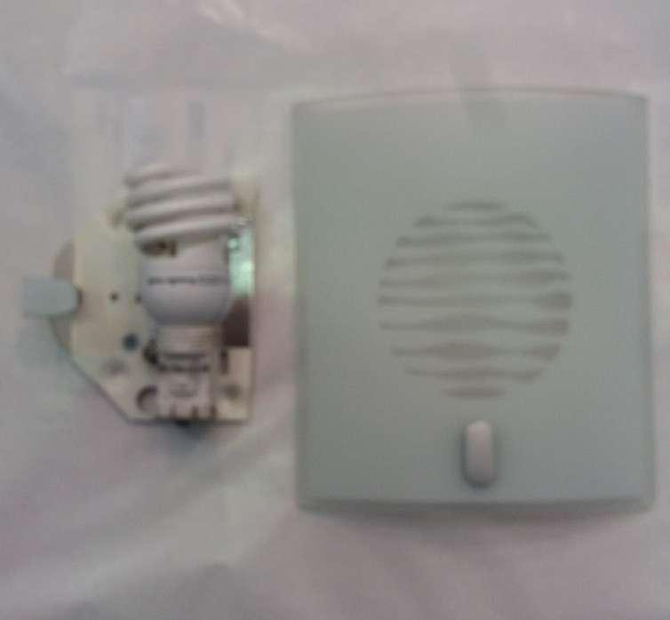 Imagen producto Plafon con bombilla de bajo consumo 3
