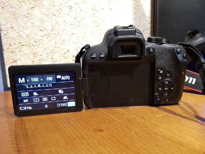 Imagen producto Kit de: Canon eos 800d +funda+ objetivo(18-55) con estabilizador  3
