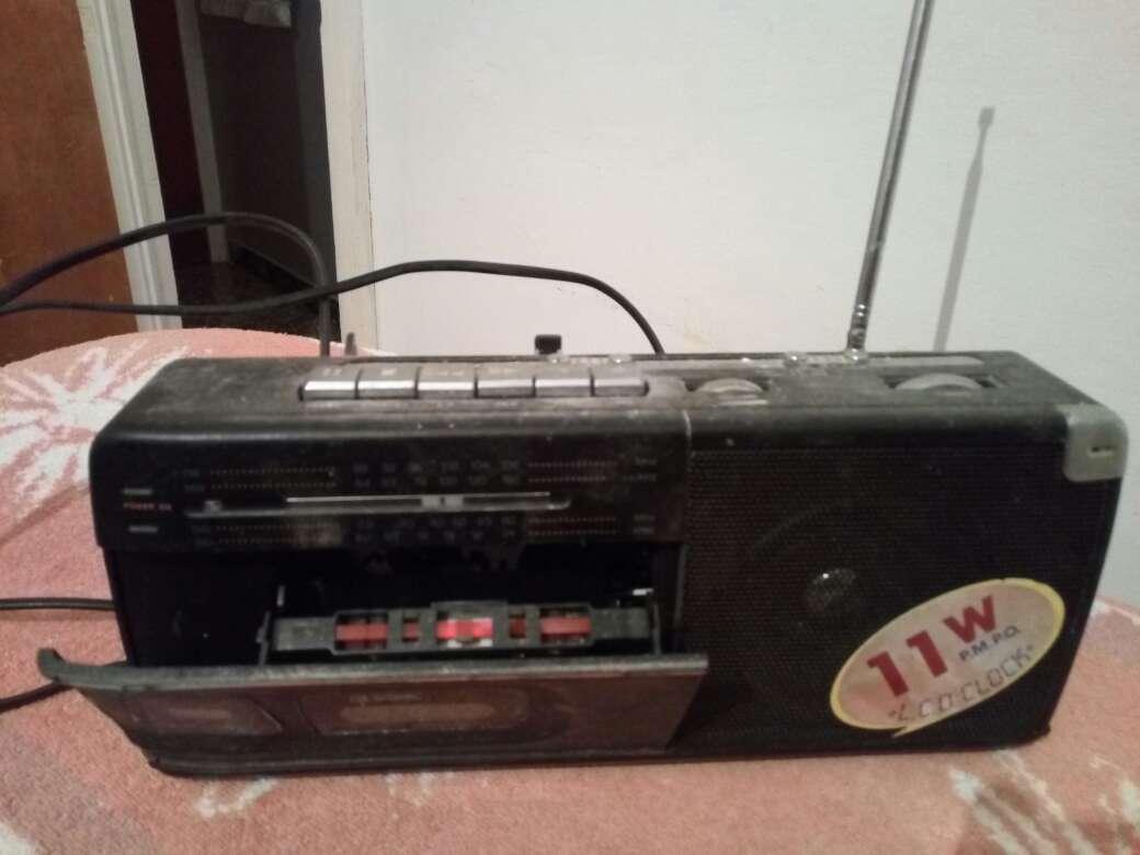 Imagen radio cassette pequeño