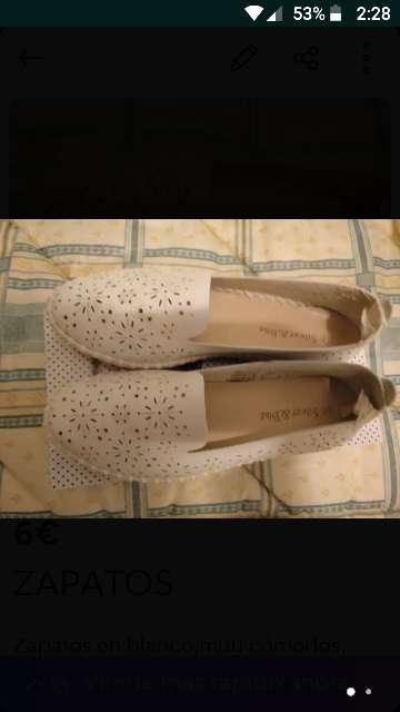 Imagen Zapatos blancos.