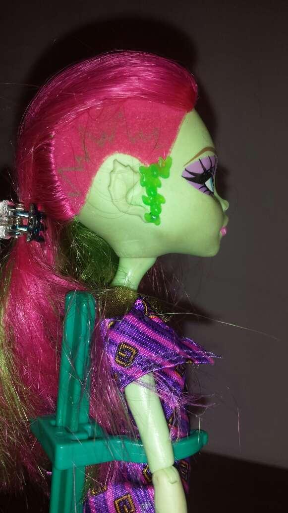 Imagen producto Monster high verde N 1 6