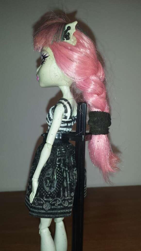 Imagen producto Monster pelo rosa N 2 4