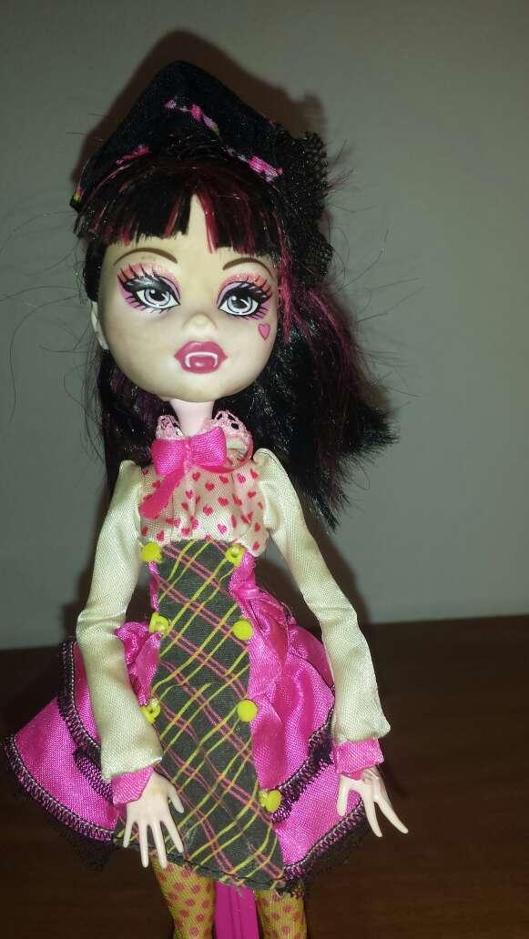 Imagen producto Monster vestido rosa 3