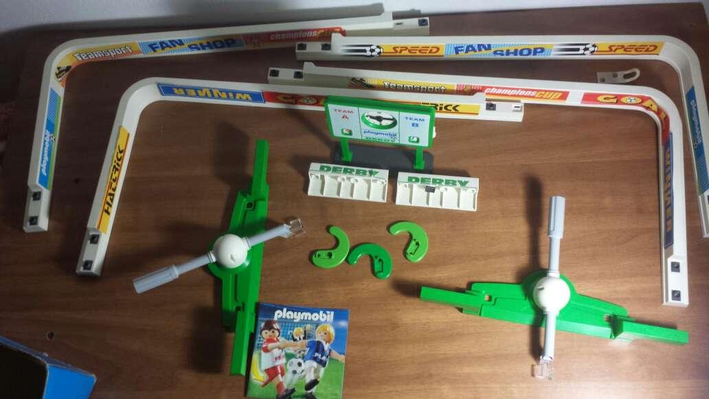 Imagen producto Campo de fútbol playmobil completo  7