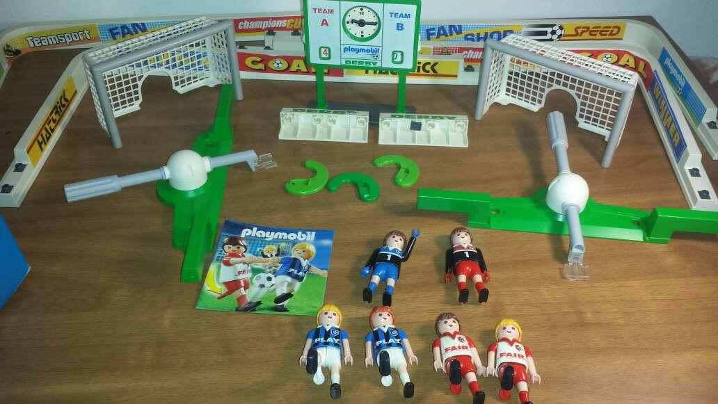 Imagen producto Campo de fútbol playmobil completo  6