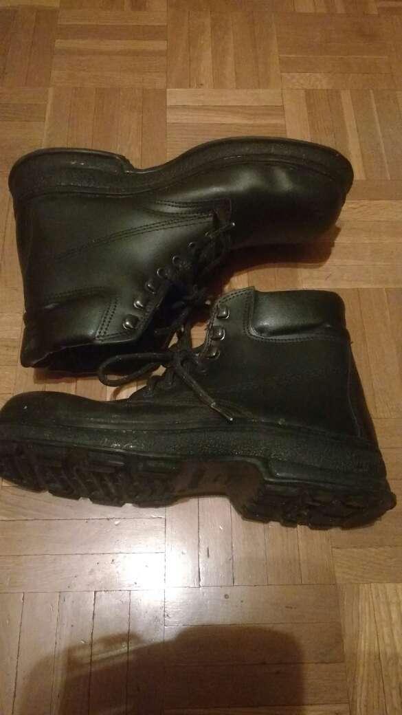 Imagen botas de seguridad N 40 nuevas .