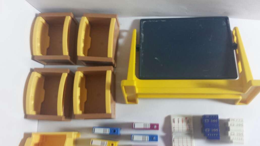 Imagen producto Playmobil pizarra ,muebles y libros 6