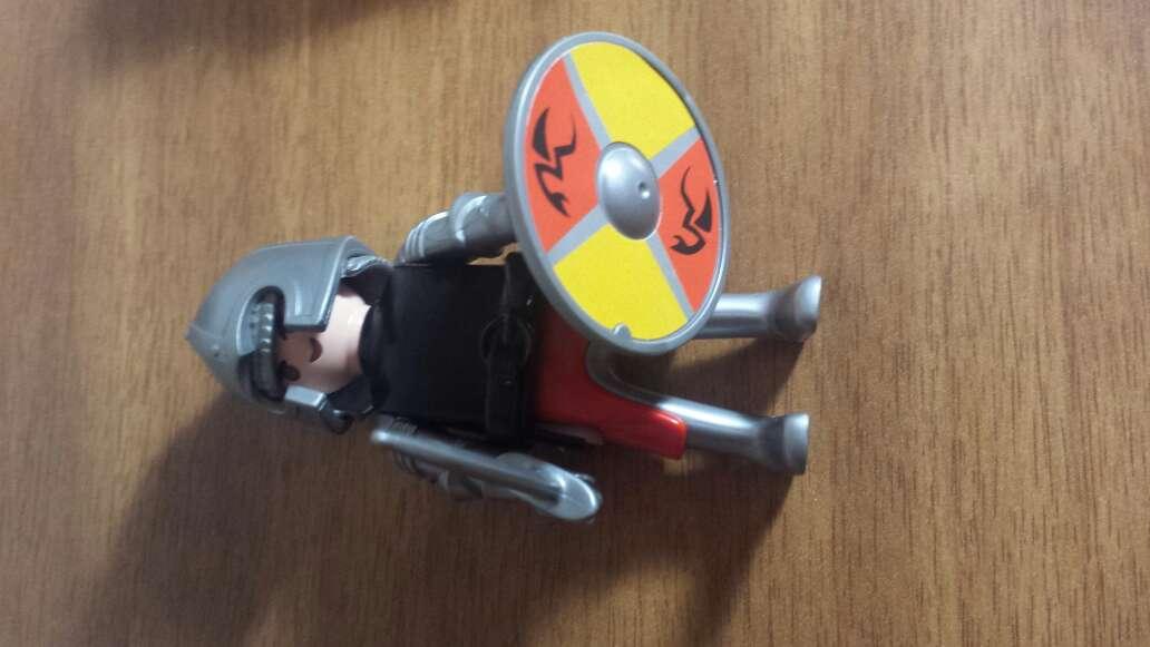 Imagen producto 1 muñeco playmobil a elegir  5